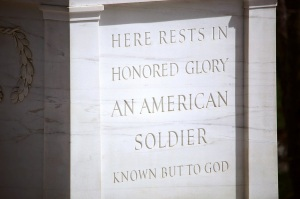 tomb_of_the_unknown_soldier_-_nw_view_detail_-_arlington_national_cemetery_-_2012